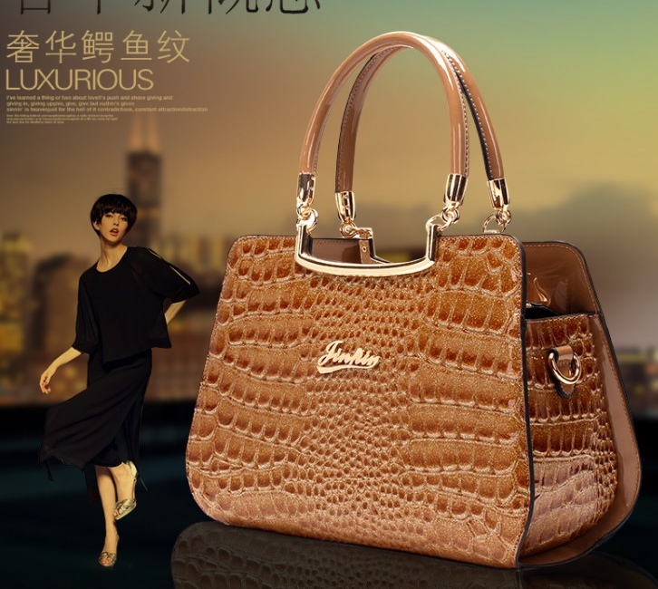 Sac a main imitation cuir crocodile J 213 1