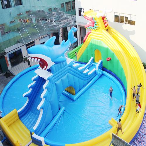 aire de jeu aquatique gonflable requin STRGNFJ551 pic3