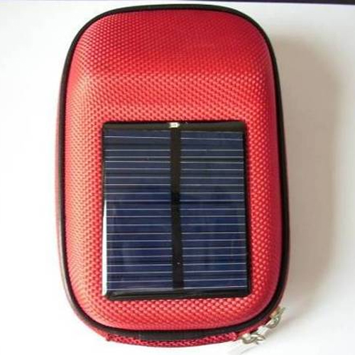 chargeur solaire SOL2012