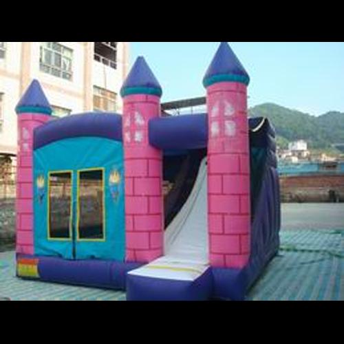 chateau toboggan gonflable TOBCH4