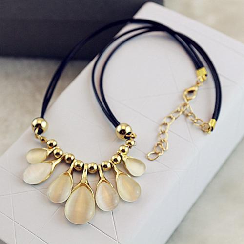 collier gouttes de pluie opale pic3