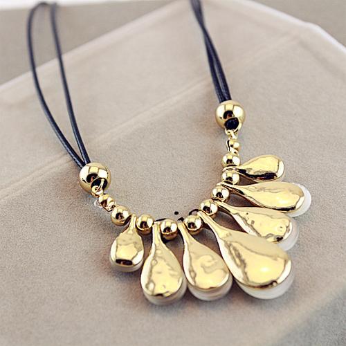 collier gouttes de pluie opale pic5