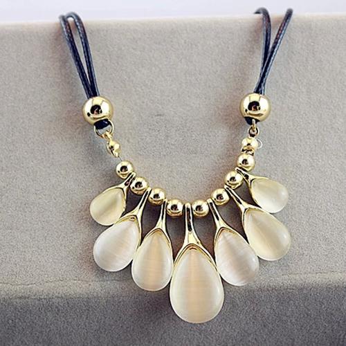 collier gouttes de pluie opale