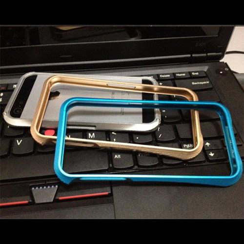 coque aluminium brosse Iphone5 pic2