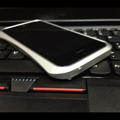 coque aluminium brosse Iphone5 pic9