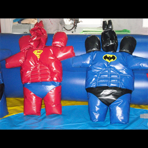 costumes sumo gonflables superman batman