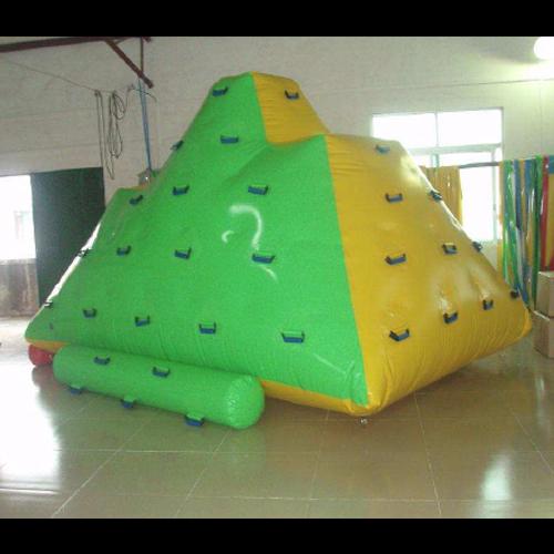 jeu gonflable aquatique STRGNFJ516