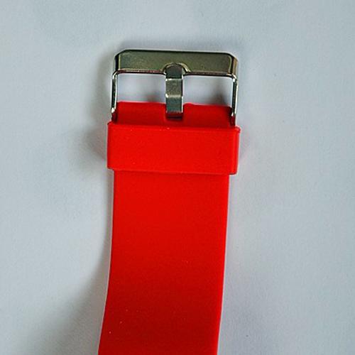 montre couleur affichage led rouge pic10