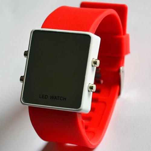 montre couleur affichage led rouge pic5