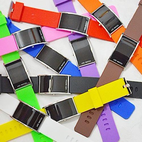 montre digitale bracelet silicone pic2