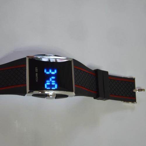 montre digitale couleur argent led bleu pic3
