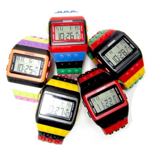 montre multicolore lego pic5