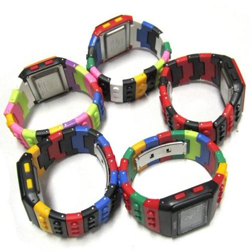 montre multicolore lego pic7