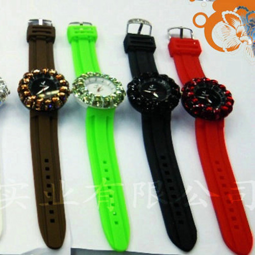 montre pierres serties WS1132 pic5