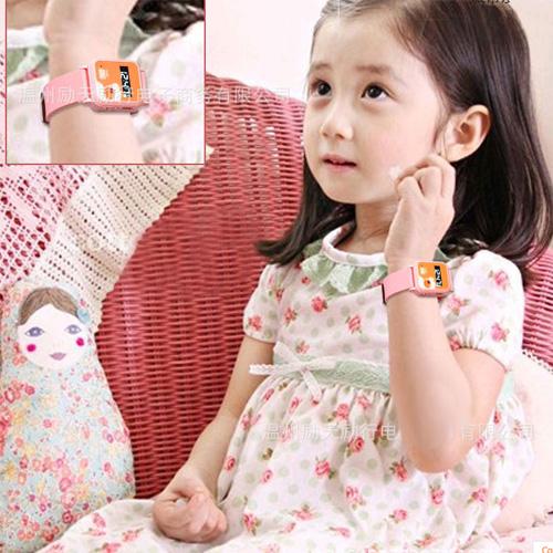 montre traceur gps enfants TRACW06 pic13